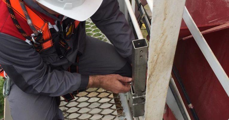 "Обеспечение безопасности при спуске/подъеме по лестнице для ООО ""Cен-Гобен"""